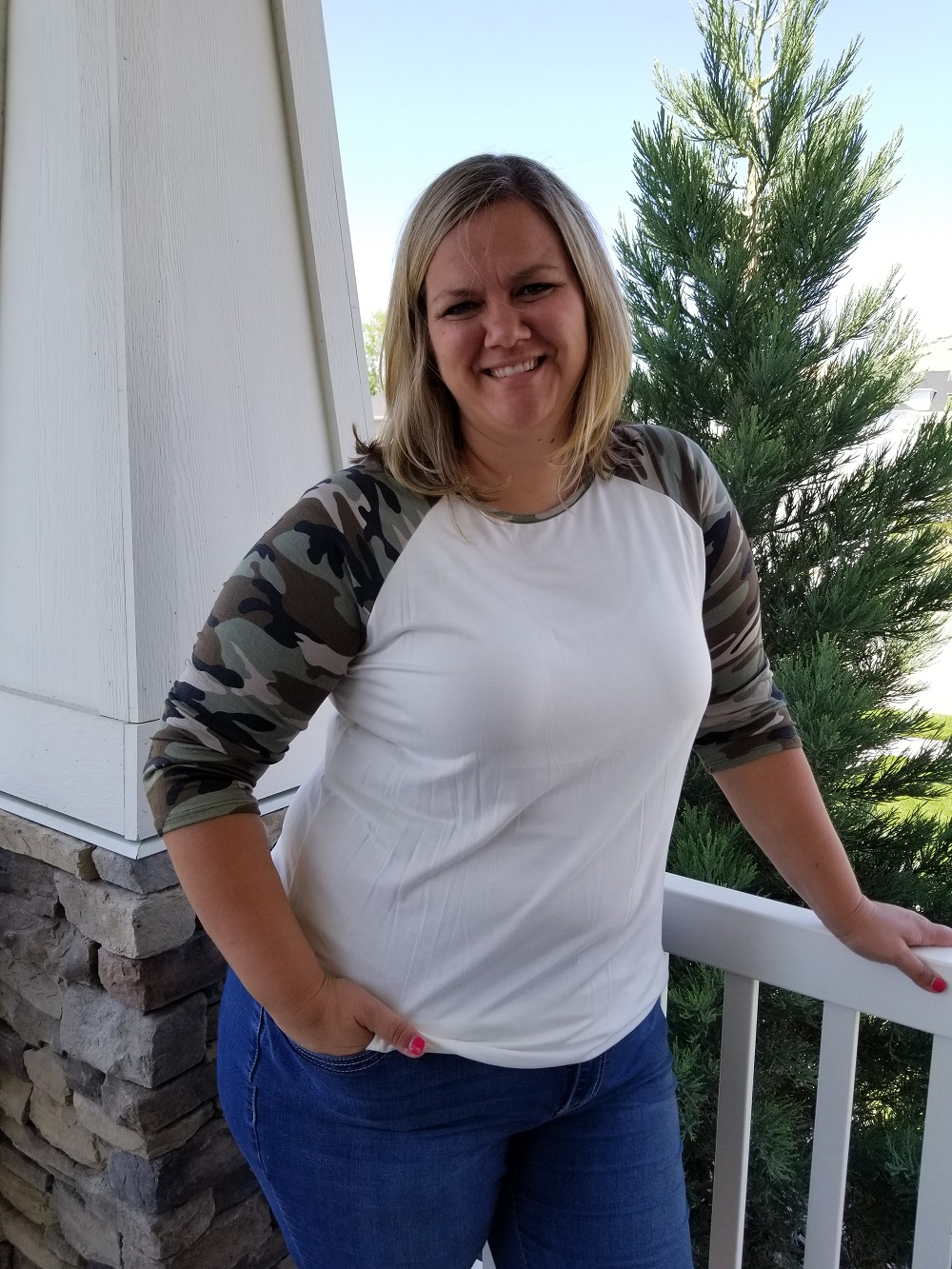 Plus Size Camo Sleeve Top